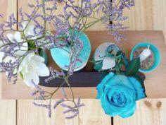 www.facebook.com/ku.pa.108/  decoracion cumpleaños 40 centro de mesa reciclados con flores y detalles en celeste - pizarron felicidades y mucho amor  40 birthday decoration  recycled centerpiece with flowers and blue accents  congratulations blackboard