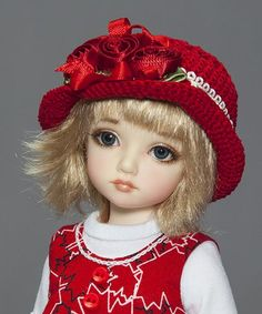 These little hats were originally made to accessorize outfits I made for Iplehouse BIDs and KIDs, who have a head circumference of 6.7 to 6.9 inches . The hat was designed to fit over their wigs,...