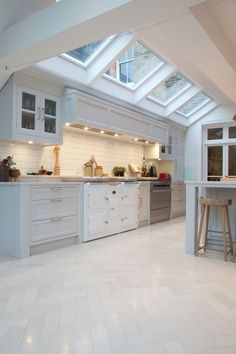 We almost daily in the kitchen. Consequently we must design the cooking area as comfortable as possible. One thing to note is the kitchen area floor. The following is the kitchen flooring ideas. #kitchenflooringideaslaminate