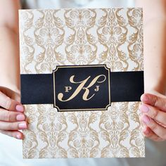 Wedding Invitation | PENELOPE The design of Penelope is one of drama and grandeur. The unique die-cut #invitation is mounted inside the folder on the right. #EngagingPapers #bridetobe #wedding
