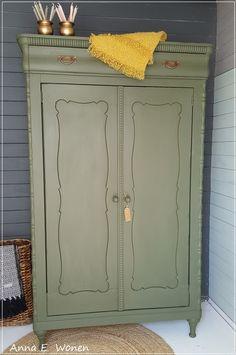 Super leuke oude Vintage Biedermeier Kast in Olijf Groen, Binnenkant origineel  Stoer,