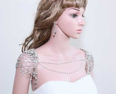 BOTH SIDES  Pearl Lariat Back Drop Necklace Bridal by BlingGarden, $88.99 make with metals and pearls. not all the bling