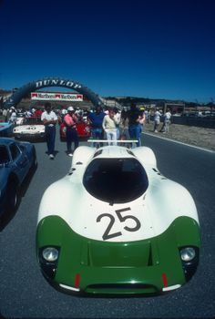 Vintage 908 long tail at the Monterey Historic Car race, Almost impossible to believe this design is 45 years old. Porsche, Vintage Cars, Vintage Auto, The Great Race, Race Engines, Auto Service, Car Humor, Courses, Le Mans