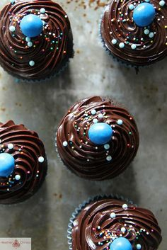 Triple Chocolate Surprise Cupcakes by Heather Christo. The cupcakes are filled with beautiful turquoise candy! Easter Cupcakes, Baking Cupcakes, Yummy Cupcakes, Cupcake Recipes, Cupcake Cakes, Birthday Cupcakes, Cupcake Ideas, Muffins, Cake Pops