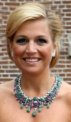 TUTTI FRUTTI NECKLACE~ Queen Máxima of the Netherlands wearing her magnificent tutti frutti multi gem necklace.