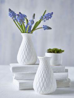 Small White Vase - diamond - Nordic House