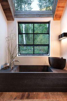 Modern Mountain Bathroom Black Wood Bathtub