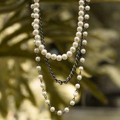 Colar de pérolas!   #perolas #colar #colar #longo #triplo #corrente #acessorios #lindo #look #fashion #moda