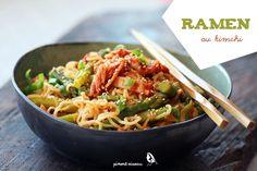 Ramen au kimchi et aux asperges - Kimchi and asparagus ramen noodles