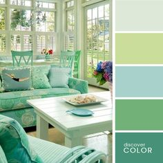 Sunrooms marry the comforts of indoor living with the freedom of being outside. There should be playfulness in the interior design of a sunroom… and there are creative liberties that can be explored! This week, Hatchett Design Remodel shares their favorit Style Cottage, Maine Cottage, Coastal Cottage, Shabby Cottage, Coastal Decor, Coastal Country, Cottage Porch, House Porch, Country Homes