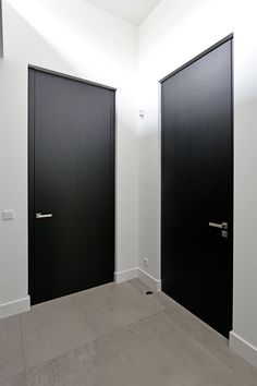 Discover recipes, home ideas, style inspiration and other ideas to try. Black Interior Doors, Modern Interior, Modern Hall, Indoor Doors, Grey Flooring, Dream House Plans, Home Reno, Office Interiors, Home Living Room