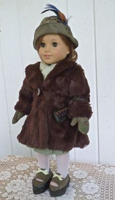 Nancy Drew once again is the inspiration for this 1930s outfit for our American Girl and similar 18-inch soft bodied dolls.    In the book,