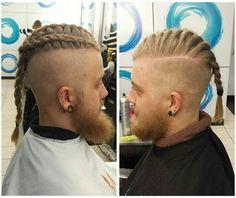 Très bel exemple de la coupe undercut avec tressage de la bande de cheveux. La…