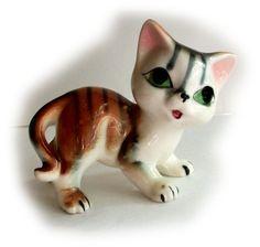 Cute VINTAGE CAT FIGURINE - Cute Orange Tabby Tiger Kitty Cat - porcelain…
