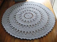 Made To Order Carpet Runners Referral: 4546398760 Crochet Home Decor, Diy Crochet, Crochet Doilies, Crochet Rugs, Crochet Things, Crochet Ideas, Beige Carpet, Diy Carpet, Rugs On Carpet