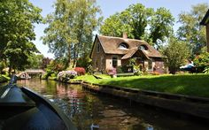 Giethoorn-holland-netherlands