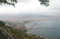 Antalyaya bağlı Alanya ve ünlü Alanya Kalesinden çekilmiş bir Alanya manzarası tabi biraz hava bozuktu.