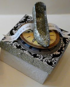 Cinderella Themed Storybook Boxes:) Maybe I'll make this instead....