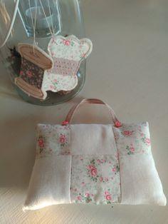 Cucito creativo _ sewing Diaper Bag, Romantic, Photo And Video, Bags, Instagram, Handbags, Diaper Bags, Mothers Bag, Romance Movies