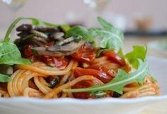 Paradicsomos spagetti fokhagymás gombával | NOSALTY – receptek képekkel