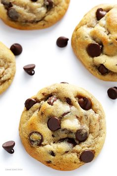 My All-Time FAVORITE Chocolate Chip Cookie Recipe -- soft, chewy, and perfectly delicious! | gimmesomeoven.com #Chocolatechipcookies