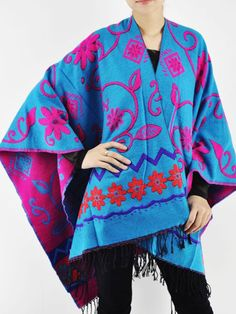 So Pretty! Love these Colors! Reversible Pink and Turquiose Blue Floral Poncho With Tassel #Reversible #Pink #Turquiose #Blue #Floral #Poncho #Fall #Fashion #Trends