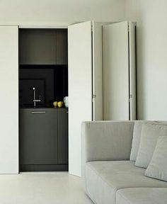 luxe kitchenette achter verborgen wand in elke luxesuite en juniorsuite!