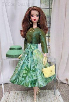 253 - Silkstone E Green Spruce 4766 Barbie Dress, Barbie Clothes, Dress Up, Dolly Fashion, Fashion Dolls, Vintage Dresses, Vintage Outfits, Barbie Wardrobe, Barbie Diorama
