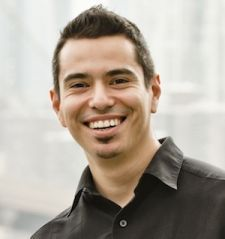 The gap between offline and online is shrinking. Real Estate Connect speaker profile: Jason Sosa. #ICSF