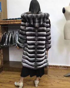 #akleatherware #chinchilla #chinchillacoat #chinchillajacket #luxuryfur #mexa #fashionweek #lovefashion #luxurious #fashion #ootd #design #luxury #longfurcoat #womenfashion #furcoat #beautyinfur #furfashion #furlovers #мен #оотд #меха #шуба #шубы...