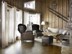 Ny lun hytte med interiørbeis – Happy Homes Norge Safari, Interior S, Cabin, Curtains, Inspiration, Furniture, Design, Home Decor, Mountain