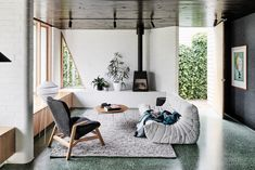 Taylor Knights' Brunswick West House Gets a Modern Renovation and Addition - Home Design Australian Interior Design, Interior Design Awards, Modern Home Interior Design, Interior Architecture, Australian Architecture, Melbourne Architecture, Australian Houses, Stylish Interior, Amazing Architecture