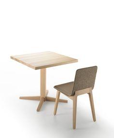 Mesa bistrot Kuskoa + Silla Laia de Alki. Design: Jean Louis Iratzoki.  #furniture