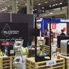 Technology Hub Milano: Bilcotech PRESENTE! #technologyhub #Milano #3dprinter…
