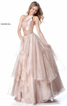 9e32ff41 Sherri Hill Prom Kjoler, Korte Kjoler, Gallakjoler, Cruise Outfits, Smukke  Kjoler