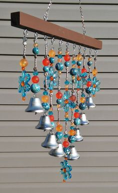 Beaded Wind chime / Sun catcher - Blue daisies and bells. Outdoor art or patio decoration. Glass Wind Chimes, Diy Wind Chimes, Homemade Wind Chimes, Crystal Wind Chimes, Outdoor Chandelier, Deco Boheme, Blue Daisy, Outdoor Art, Garden Crafts