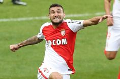 Monaco thrash Lorient to go clear at top   Paris (AFP)  Gabriel Boschilia and Valere Germain both struck twice as a rampant Monaco routed bottom side Lorient 4-0 on Sunday to climb two points clear of Nice at the top of Ligue 1.  Brazilian striker Boschilia netted a brace inside the opening half hour as Monaco punished slack Lorient defending in driving rain at the Stade Louis II before Germain curled in a third on 37 minutes.  The Frenchman then grabbed his second on the hour as Leonardo…