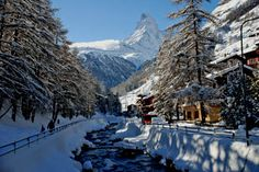 Zermatt, Peaceful Places, Wonderful Places, Beautiful Places, Ski Weekends, Switzerland Vacation, Ski Holidays, Holiday Resort, Places To See