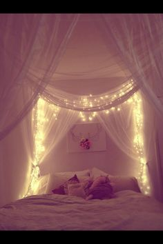 Curtain headboard with lights dream bedroom, fairytale bedroom, dream rooms, home bedroom, Dream Bedroom, Home Bedroom, Master Bedroom, Bedroom Drapes, Magical Bedroom, Light Bedroom, Pretty Bedroom, Fairytale Bedroom, Canopy Bed With Curtains