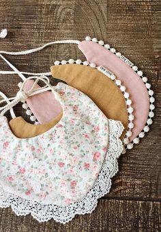 Handmade baby drool bibs sold on Etsy by BillyBibs Handgemachtes Baby, Baby Bibs, Diy Baby, Bibs For Babies, Baby Sewing Projects, Creation Couture, Baby Crafts, Baby Accessories, Sewing Clothes