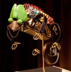 Maroquinaris Zoologicae: Amazing Animal Sculptures Made Out of Louis Vuitton