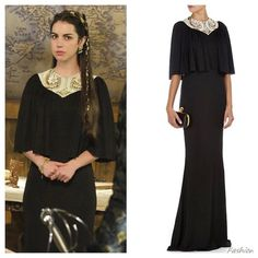 In the fifth episode of Season 2, Mary wore this beautiful Alexander McQueen @worldmcqueen black gown with with gold and white pearl embellishment.  #Reign #ReignFashion #ReignCostumes #Renaissance #Fashion #Costumes #CW #CWReign #QueenMary #AdelaideKane #AlexanderMcQueen #2x05