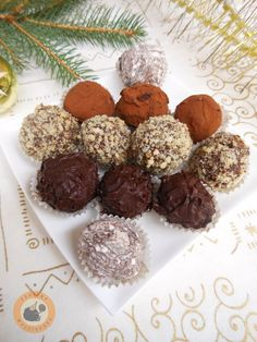 Praline Paradise: Truffle Mix 'n' Match (variabele basisrecept) Breakfast Recipes, Dessert Recipes, Cake Truffles, Homemade Chocolate, Winter Food, Christmas Cookies, Fudge, Bakery, Food And Drink