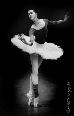 Alina Somova rehearsing Swan Like, Baden-Baden, Germany. Photography by Sasha Gouliaev.