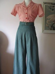 Vintage Style Green Denim by allureoriginalstyles ~ I need this in my closet! Vintage Style Green Denim by allureoriginalstyles ~ I need this in my closet! Looks Vintage, Style Vintage, Mode Vintage, Vintage Inspired, 1940s Style, Retro Vintage, Unique Vintage, Vintage Outfits, Vintage Dresses
