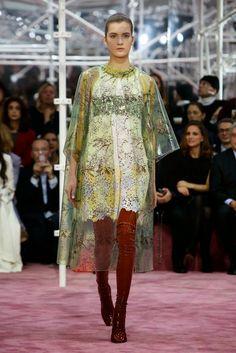 Desfile Dior Alta-Costura    por Shely Alencar | Shely Bianchi       - http://modatrade.com.br/desfile-dior-alta-costura