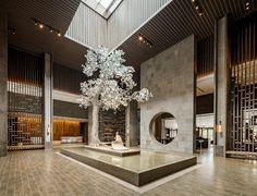 JW Marriott Qufu by Seth Powers Photography Plywood Furniture, Modern Furniture, Furniture Design, Modern Chinese Interior, Classic Interior, Luxury Interior, Hotel Lobby Design, Hotel Design Architecture, Entrance Design