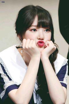 Gfriend Time For The Moon Night Fansign Cr: owner Heizesh Kpop Girl Groups, Korean Girl Groups, Kpop Girls, South Korean Girls, Girl Group Pictures, Best Dance, G Friend, Cosmic Girls, Entertainment