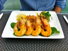 Prawns In Season Produce, Grubs, Prawn, Wine Recipes, Wines, Elephant, Yummy Food, Restaurant, Fresh