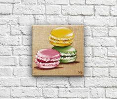 """Tableau """"Trio de macarons fraise vanille pistache"""" décoration illustration art culinaire saveur française : Décorations murales par secotine"""